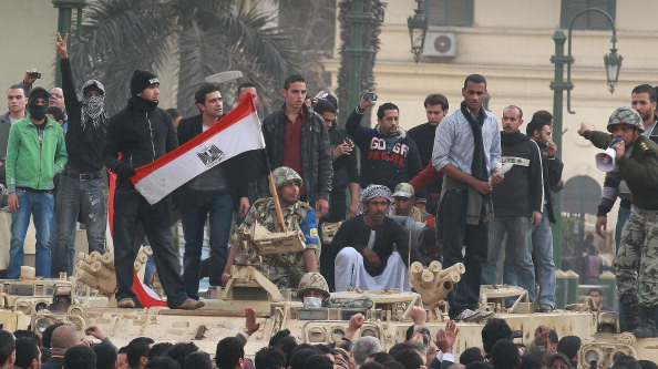 Protestor「Anti Government Protesters Take To The Streets In Cairo」:写真・画像(12)[壁紙.com]