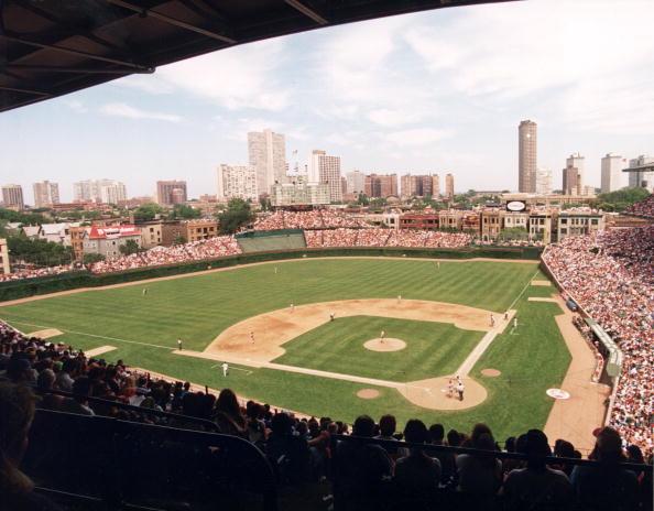 Baseball Diamond「Cubs V. Phillies At Wrigley Field」:写真・画像(4)[壁紙.com]