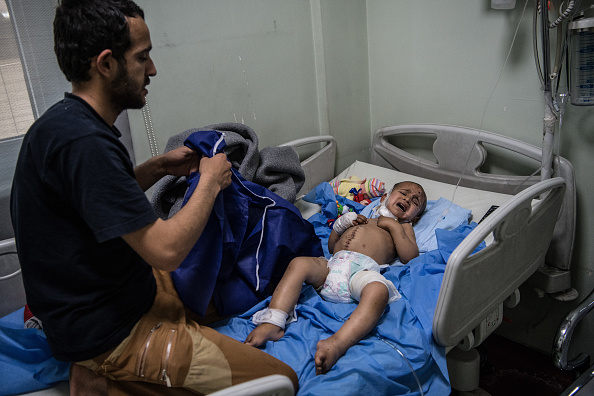 Hiding「Victims Of Mosul Offensive Treated In Erbil Hospital」:写真・画像(2)[壁紙.com]