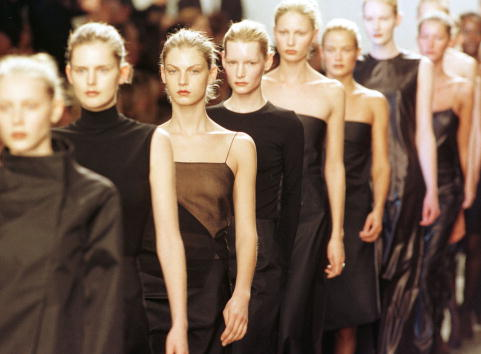 Finishing「Calvin Klein Fashion」:写真・画像(6)[壁紙.com]
