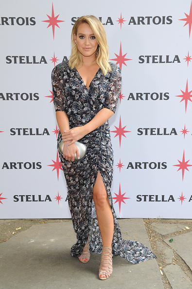 Hilary Duff「Hilary Duff Joins Stella Artois To Kick-Off The Summer Entertaining Season With The Launch Of The 'Host One To Remember' Campaign」:写真・画像(4)[壁紙.com]
