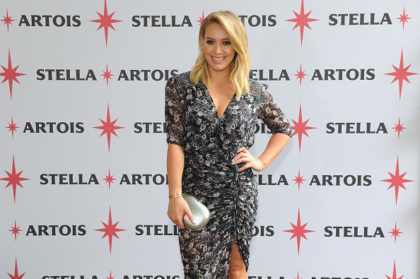 ヒラリー・ダフ「Hilary Duff Joins Stella Artois To Kick-Off The Summer Entertaining Season With The Launch Of The 'Host One To Remember' Campaign」:写真・画像(10)[壁紙.com]