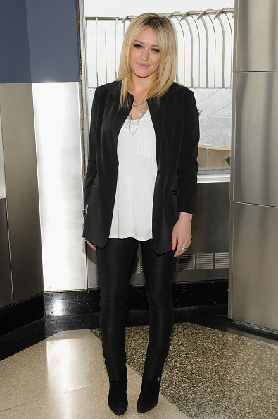 Empire State Building「Hilary Duff Lights The Empire State Building In Honor Of People With AIDS」:写真・画像(13)[壁紙.com]