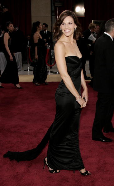 Strap「78th Annual Academy Awards - Arrivals」:写真・画像(17)[壁紙.com]
