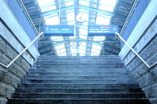 St Gallen Canton「Stairway in train station」:スマホ壁紙(13)