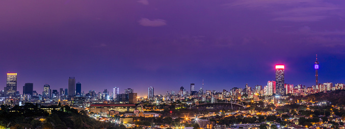 Thunderstorm「Johannesburg cityscape panoramic at night」:スマホ壁紙(14)