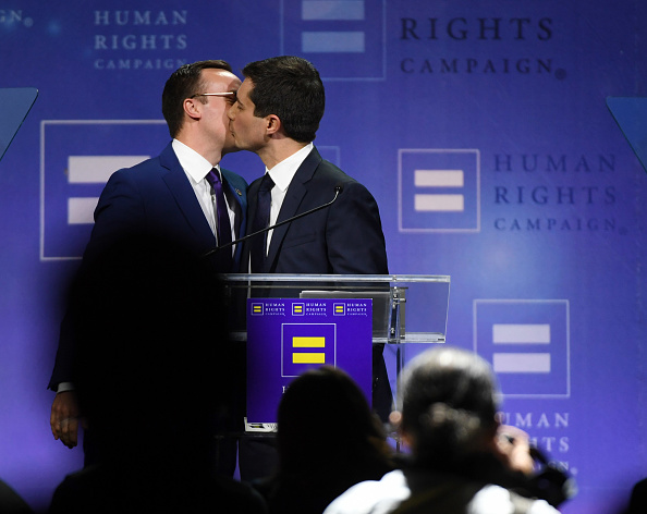 Husband「Democratic Presidential Candidate Pete Buttigieg Gives Keynote Address At Human Rights Campaign's Gala In Vegas」:写真・画像(10)[壁紙.com]