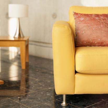 Armchair「armchair in a living room」:スマホ壁紙(2)