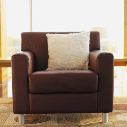 Armchair「armchair in a living room」:スマホ壁紙(5)