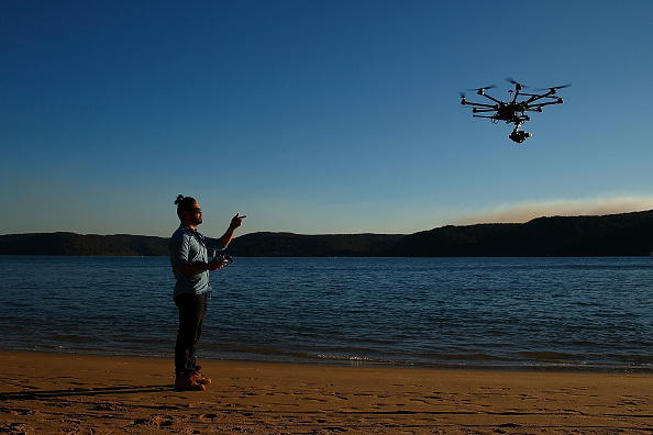 Dow Jones Industrial Average「Drone Photography Raises Questions About Privacy And Safety」:写真・画像(2)[壁紙.com]