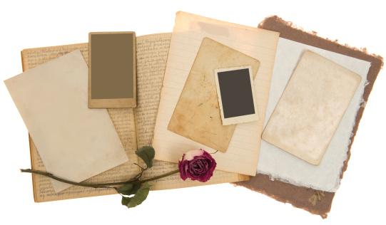Sepia Toned「Valentine Vintage Photos Background」:スマホ壁紙(15)