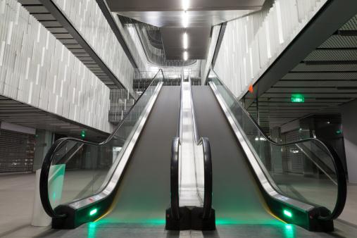 Escalator「エスカレーターの移動」:スマホ壁紙(15)