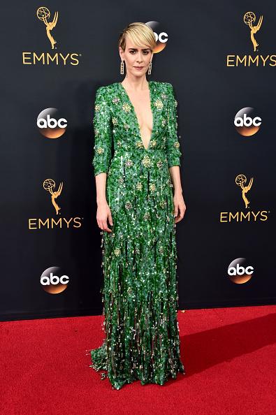 Emmy award「68th Annual Primetime Emmy Awards - Arrivals」:写真・画像(19)[壁紙.com]