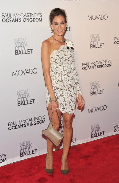 アシメトリードレス「2011 New York City Ballet Fall Gala」:写真・画像(14)[壁紙.com]
