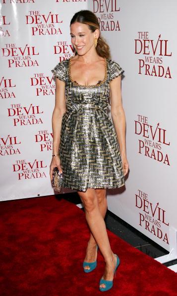 Peeking「20th Century Fox Premieres The Devil Wears Prada - Arrivals」:写真・画像(17)[壁紙.com]