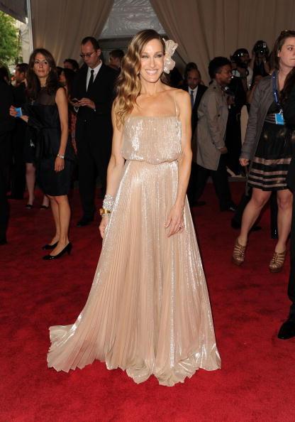 "Sarah Jessica Parker「""American Woman: Fashioning A National Identity"" Met Gala - Arrivals」:写真・画像(8)[壁紙.com]"