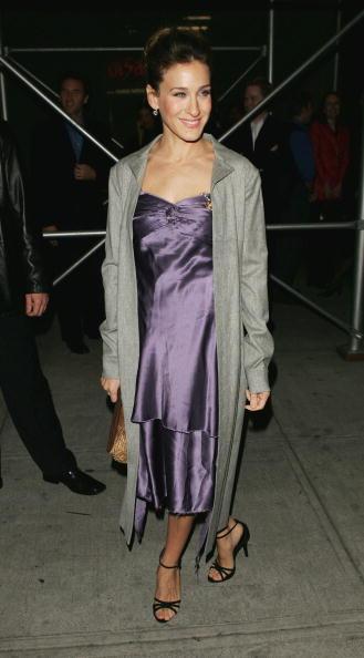 ドレス「Opening Night Of 'The Foreigner'」:写真・画像(7)[壁紙.com]