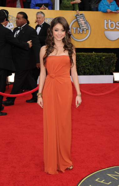 Strapless Dress「17th Annual Screen Actors Guild Awards - Arrivals」:写真・画像(15)[壁紙.com]