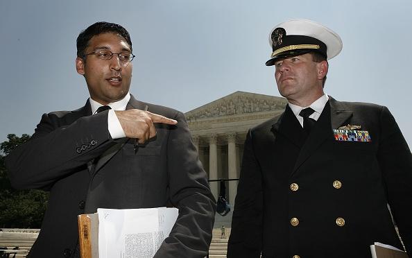 Joshua Roberts「Detainee Salim Ahmed Hamdan's Lawyer Discusses Tribunal Case」:写真・画像(3)[壁紙.com]