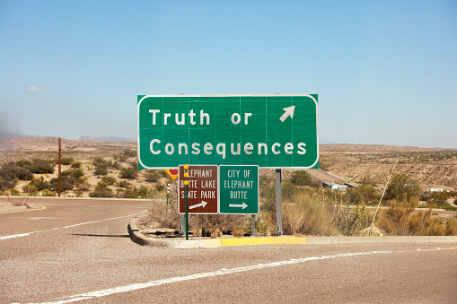 Uncertainty「Highway exit sign for Truth of Consequences NM」:スマホ壁紙(17)