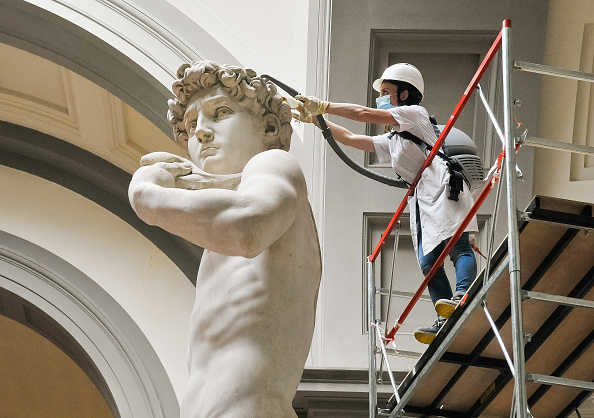 Florence - Italy「Cleaning Of The David Di Michelangelo At The Galleria Dell'Accademia」:写真・画像(0)[壁紙.com]
