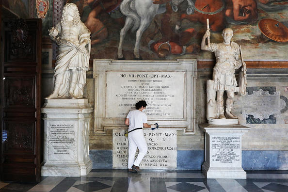 Art Product「Capitoline Museums Reopen In Rome As Italy Relaxes Coronavirus Lockdown」:写真・画像(12)[壁紙.com]