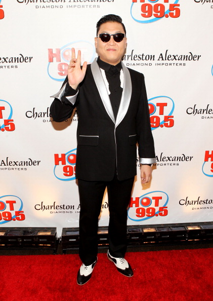 Concepts & Topics「Hot 99.5's Jingle Ball 2012 Presented By Charleston Alexander Diamond Importers - PRESS ROOM」:写真・画像(8)[壁紙.com]