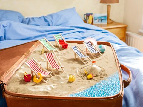 Outdoor Chair「English seaside scene inside a suitcase, bedroom」:スマホ壁紙(7)