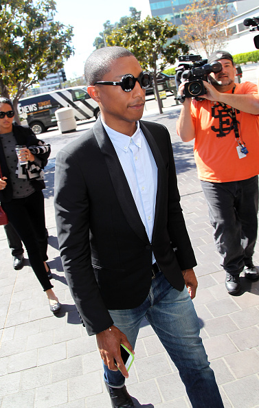 "Marvin Williams「""Blurred Lines"" Musicians Robin Thicke And Pharrell Williams Lawsuit By Children Of R&B Legend Marvin Gaye Trial - Departures」:写真・画像(10)[壁紙.com]"