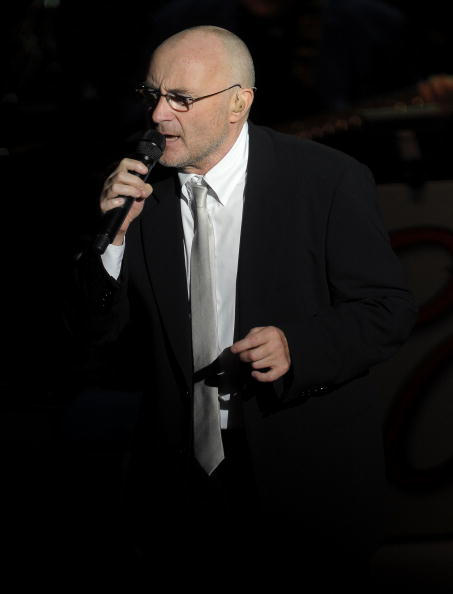 Michael Loccisano「Phil Collins In Concert At Roseland Ballroom」:写真・画像(17)[壁紙.com]