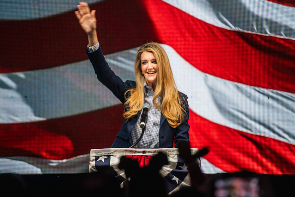 Kelly public「Republican Senate Candidates Hold Election Night Party In Georgia」:写真・画像(8)[壁紙.com]