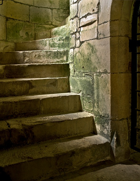 Circa 14th Century「Detail of a spiral staircase, Old Wardour Castle, near Tisbury, Wiltshire, 2010」:写真・画像(7)[壁紙.com]