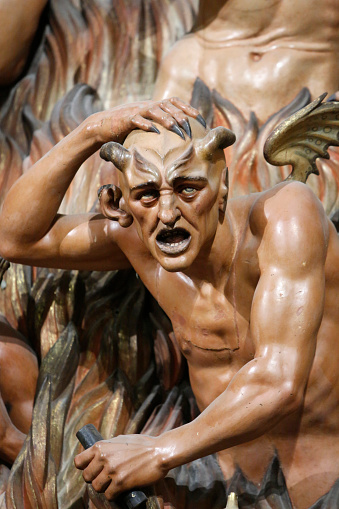 Hell「Detail of a sculpture in San Miguel's church, Jerez de la Frontera」:スマホ壁紙(17)