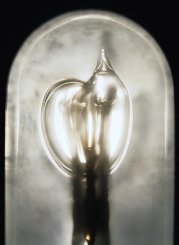 Xenon Strobe Tube「Detail of a Vacuum Tube」:スマホ壁紙(7)