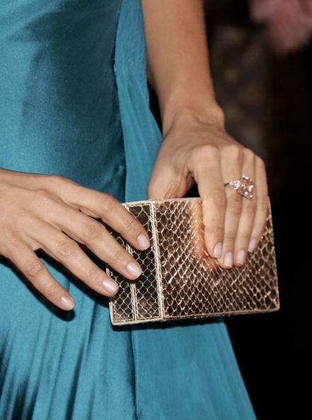 Clutch Bag「78th Annual Academy Awards - Arrivals」:写真・画像(15)[壁紙.com]