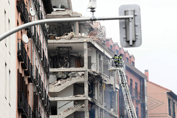 At Least Two Dead After Explosion Damages A Building In The Centre Of Madrid:ニュース(壁紙.com)