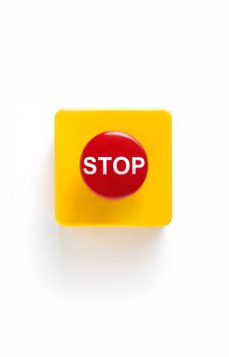 Push Button「Emergency stop button on white background」:スマホ壁紙(1)