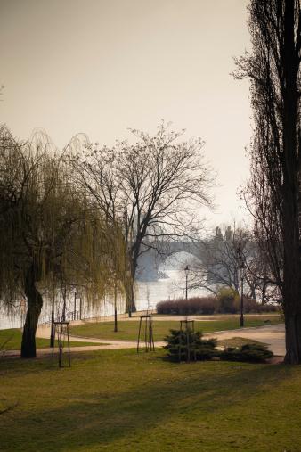 Charles Bridge「Public Park on the Vltava Riverbank」:スマホ壁紙(13)