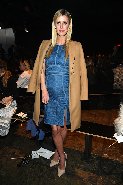ニッキー・ヒルトン「J. Mendel - Front Row - Fall 2016 New York Fashion Week」:写真・画像(3)[壁紙.com]