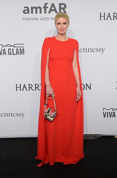 ニッキー・ヒルトン「2015 amfAR New York Gala - Arrivals」:写真・画像(15)[壁紙.com]