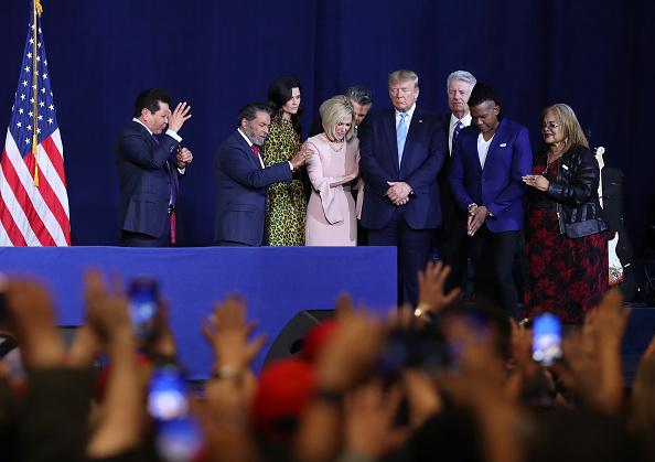 "Religion「Trump Campaign Launches ""Evangelicals For Trump"" Coalition In Miami」:写真・画像(6)[壁紙.com]"