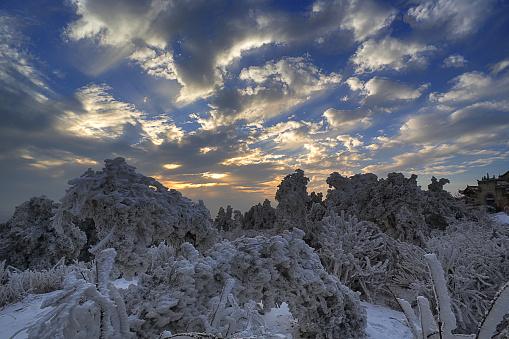 雪景色「Heng Mountain snow in Hengyang,Hunan province,China」:スマホ壁紙(19)