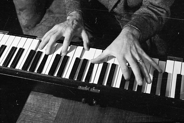 Hand「Pianist's Hands」:写真・画像(8)[壁紙.com]