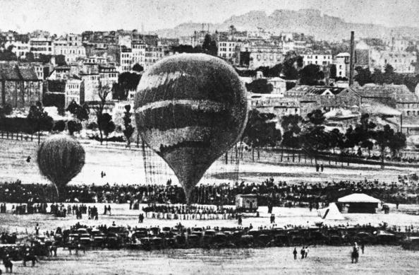 Paris - France「Commune Balloons」:写真・画像(13)[壁紙.com]