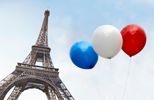 French Flag「Balloons in the colors of the French flag in front of the Eiffel Tower」:スマホ壁紙(7)