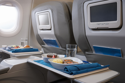 Sweet Food「Airline meals served on seat tables」:スマホ壁紙(9)