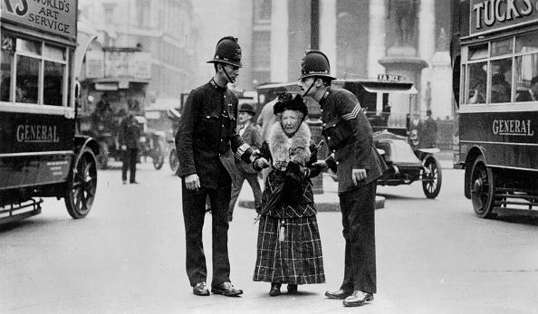英国 ロンドン「Traffic Police」:写真・画像(8)[壁紙.com]