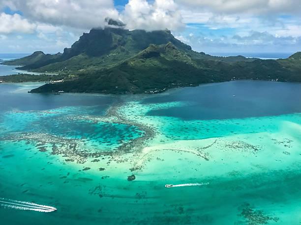 Bora Bora Island Aerial View French Polynesia:スマホ壁紙(壁紙.com)