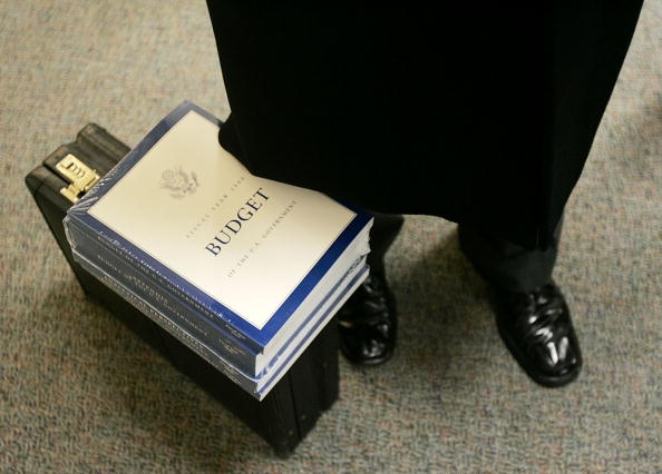Budget「2006 Federal Budget Released」:写真・画像(5)[壁紙.com]