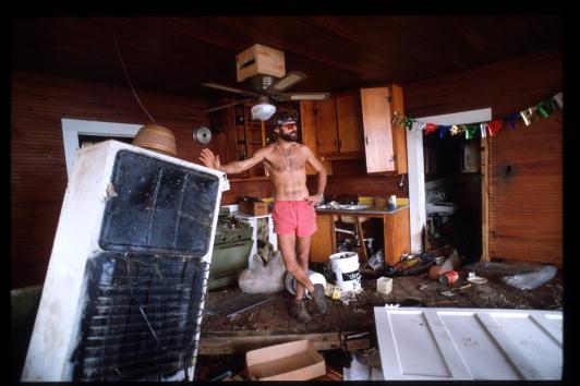 Restoration Style「Residents Restore South Carolina After Hurricane Hugo」:写真・画像(18)[壁紙.com]